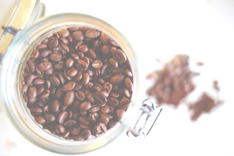 Background Backgrounds Bowl Close-up Coffee Coffee Bean Coffee Beans Focus On Foreground Food Freshness Indulgence No People Overhead View Ready-to-eat Roasted Roasted Coffee Bean Selective Focus Serving Size Still Life Temptation White Background White Color