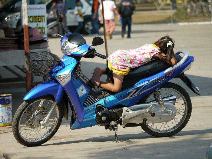 Day Fun Mobile Bed Mode Of Transport Motorcycle Parked Parking Stationary Transportation Youth Of Today Special Special👌shot Special Moment Capture The Moment Carefree Spotted In Thailand Phitsanulok Things I Like Showing Imperfection