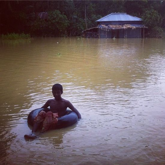 Flood in Ramu ! 28.06.2015 Js Jashimsalam Photographer Photojournalist Photojournalism Documentary Flood Boy Home Inundated Water Monsoon Rain Wade Instagram Coxbazar Everydaybangladesh