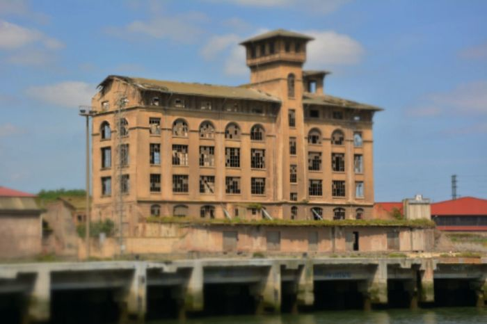 Bilbao Maqueta Abandoned