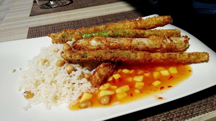 Spargel im Mäntel mit Mango Chilli Salsa an Creole Rice @ Gasthaus Stern