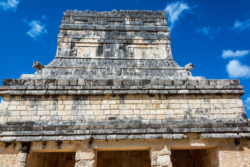 View of the temple of the jaguars in Chichen Itza, Mexico Ancient Archeology Architecture Cancun Chichen Itza City Mayan Mexico Pyramid Temptation Travel Yúcatan Castillo Chichenitza Civilization Kukulkan Landmark Maya Mexican Old Sacred Site Stone Tourism World