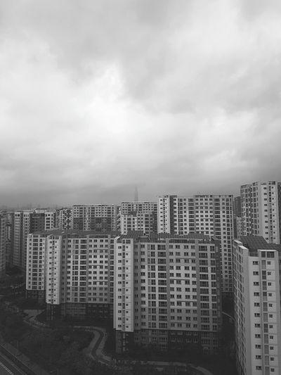 롯데타워가 웬지 악의 소굴 같다 Cloud - Sky Cityscape No People Skyscraper City Day Sky Apartment Lotteworld Tower