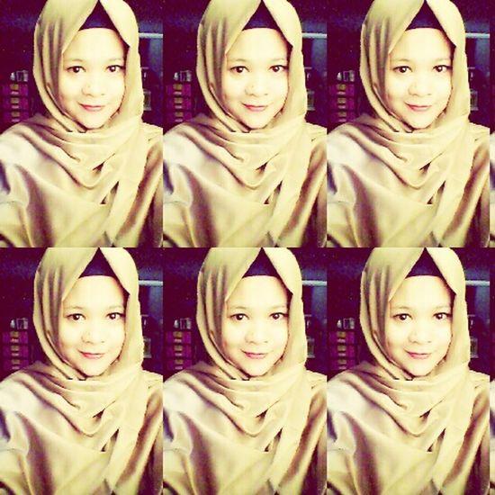 Brown veil Hijab, begini efek gak pulang ke Tasikmalaya , Selfie ✌ 😍😛