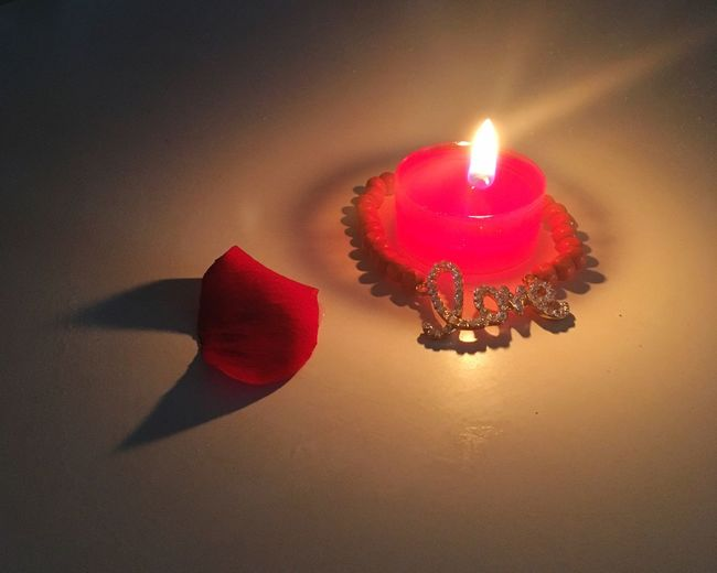 Flame Candle Valentine's Day  Love Shadow Light And Shadow Red Rose Petal Rose - Flower Candle Light Melt Romantic Heat - Temperature Burning Lit No People Natural Beauty Illuminated EyeEmNewHere EyeEmNewHere