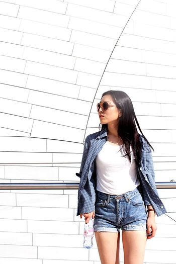 [ Vibrant Hues ] Cause she a fashion killa, and I'm a trendy nigga. Striking Fashion Fashion Fashionista Glasses Model Portrait Color Portrait EyeEm Best Shots The Fashionist - 2015 EyeEm Awards Buffalo Soldier