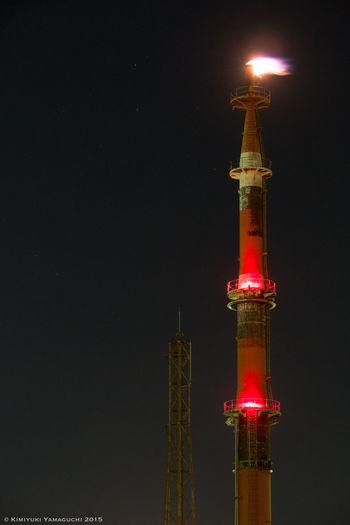 フレアスタック / Flare Stack Architecture Chimney Factory Fire Flare Stack Light Light And Shadow Night Night Lights Night Photography Nightphotography Olympus Olympus Om-d E-m10 鉄塔♡Love