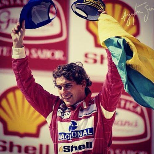 Ayrton Senna Da  Silva Formula1 Super Car Pilota Preferito Campione Mondiale Nostalgia Mito Lotus Renault Brazil Brasile Nacional Intauto Instaformula1 Follow Formula1passion Nofilter Instafashion Instafamous intensofeelingemotionmemories