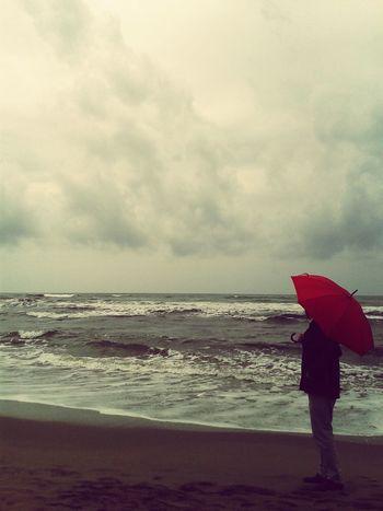 Sempre le stesse foto con lo stesso ombrello Hanging Out