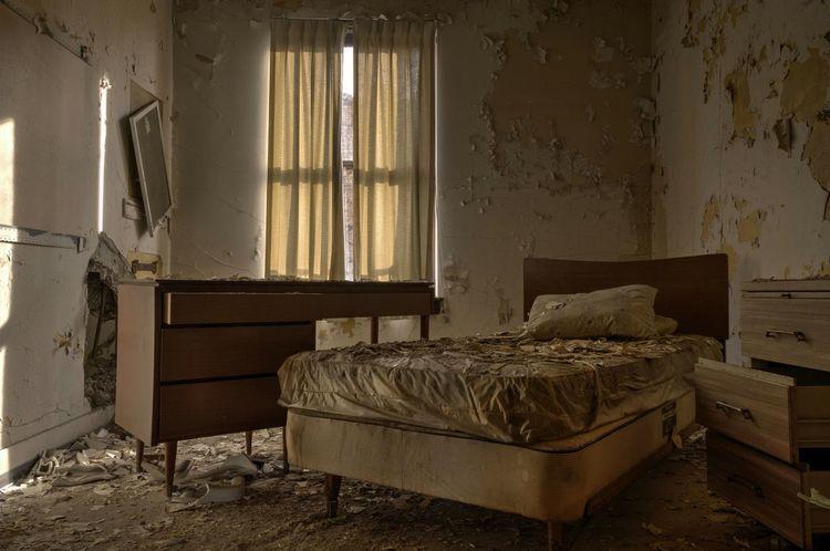 Haunted memories ExploreEverything Decay Fuzed_fotos Urban Exploration EyeEm_abandonment Abandon_seekers Asylumseekers Abandoned Places Abandoned Hospital Tour_through_desolation Urbex