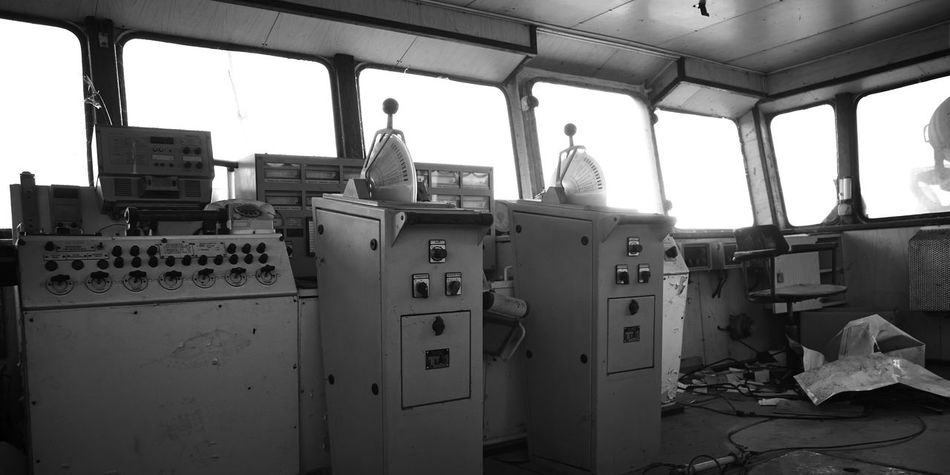 Abandoned Cargo Ship Day Engine Room Indoors  No People Porthole Ship Sky