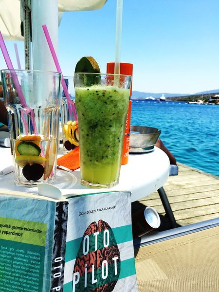 Drink Healthy Lifestyle Book Seaside Summertime Holiday