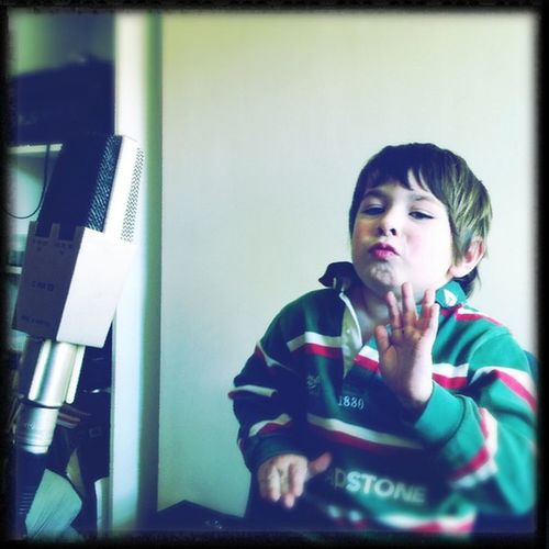 'Clockwise' #miniG recording session #brainfarm_north #Hipstamatic #Americana #Dylan #Standard Hipstamatic Americana Standard Minig Dylan Brainfarm_north