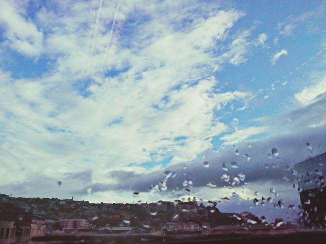Winter Sky Valparaíso llueve o no llueve ?