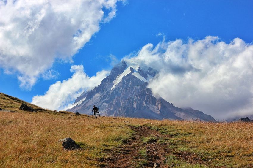Mountain Cloud - Sky One Man Only Mountain Range Scenics Nature Outdoors The Week On EyeEm საქართველო EyeEm Best Shots - Nature Landscape EyeEm Best Shots Travel Photography Kazbek On The Top Of The World Tadaa Community Adventure Summer Been There. Lost In The Landscape
