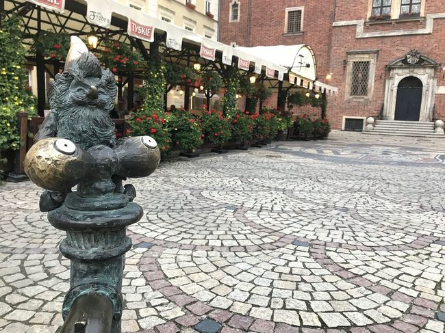 旅行 Poland Trip Travel Dwarf Architecture Building Exterior Art And Craft City Representation Sculpture
