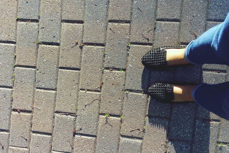 Sun's out, so are spiked shoes😉 Sunny Day Shoegasm Shoegame Stevemadden Student's Life Brick Road Fashion Footsie Canada