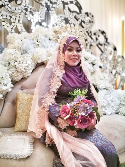Flower One Person One Girl Only People Bouquet Portrait Females Beauty Adult Sitting Smiling Young Adult Indoors  Young Women Bride Children Only Wedding Dress Tiara Day Traditional Costume Songket Malaywedding Eldest Sister Leica Lens