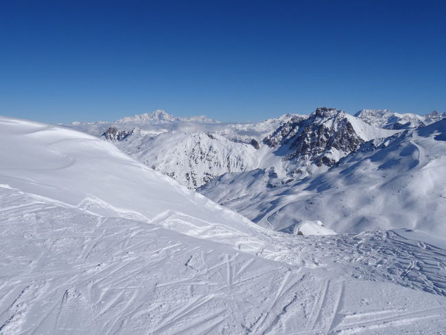 Le Mont Blanc 4810m France🇫🇷 Skiing Travel Destinations Meribel Le Mont Blanc ValThorens  Les3vallées Scenics Mountain Range No People Clear Sky Mountain White Color Tranquil Scene Cold Temperature Winter Snow Tranquility Weather Snowcapped Mountain Frozen Nature