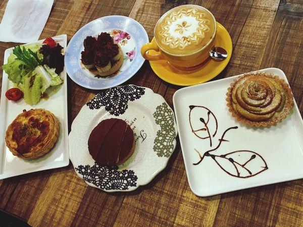 聚餐 Tea Time Afternoon Tea 下午茶 鹽埕區 三月 Taiwanese Taiwan March 臺灣 Kaohsiung Drink 飲料 Cake 蛋糕