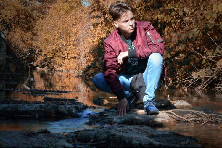 Petit shooting photo 👌🏻 Shooting Photography Picoftheday Love Like Followme Friend Automn Autumne Beautiful River Photographer Ig_masterpiece Nature Orange Nofilter Nikon