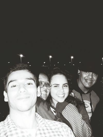 Amigos mais chegados que irmãos! Enjoying Life Friends ❤ Deontem Tour De Madrugada Em Brasilia.