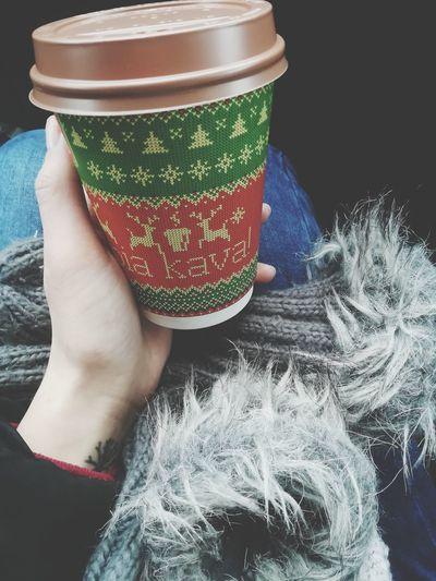 Coffee Time Winter Morning Warm Feeling EyeEm Best Shots EyeEmNewHere EyeEmBestPics ☕coffebreak❄ ☕Good Morning ☕🌞 ☕mocha Human Body Part One Person Only Women Adult One Woman Only Adults Only Wool