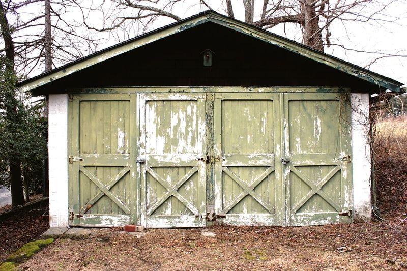 Doors Door Barn Door Barn Barns Chipped Paint Abandoned Pattern Pieces Baldpate New JerseyEyeEm New JerseyeGreeneWintereOld DooroOld Buildingsgs Baldpate Mountain