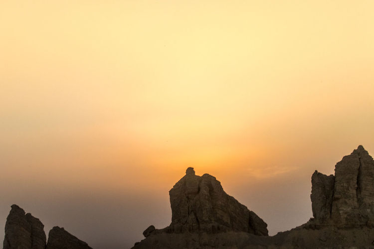 Sunset No People Travel Destinations Scenics Landscape Beauty In Nature Beauty Outdoors Nature Mountain Sky Outdoors Photography Desert Landscape Al Ain Lifestyle Sunset Mountain Sunsetphotographs Tranquil Scene Rocks Desert Beauty Desert Sky Arabian Nature Beauty In Nature Nightphotography