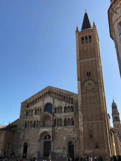 Parma No Filter Duomo Di Parma Duomo Parma Emiliaromagna Italy Built Structure Architecture Building Exterior Sky Tower Building Clear Sky Low Angle View Religion Place Of Worship Spirituality Belief Travel Destinations Travel Clock Tower Blue Tall - High Nature History Tourism