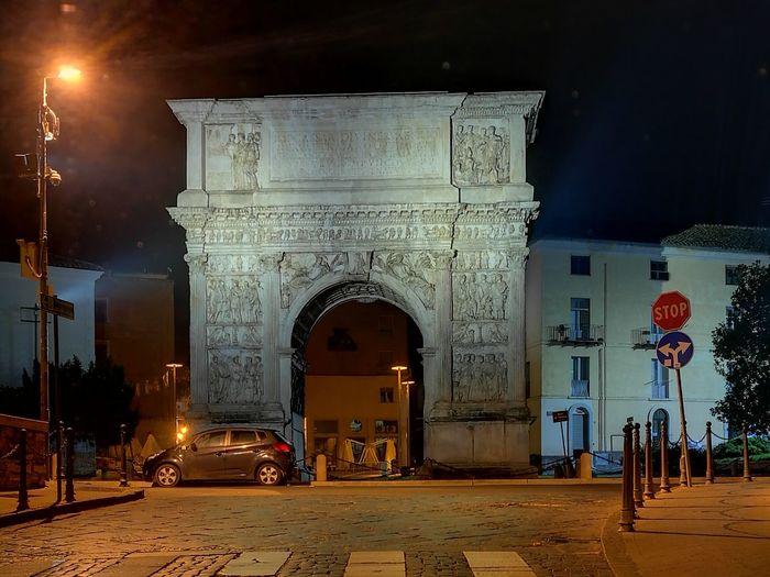 Arco Di Traiano A Benevento