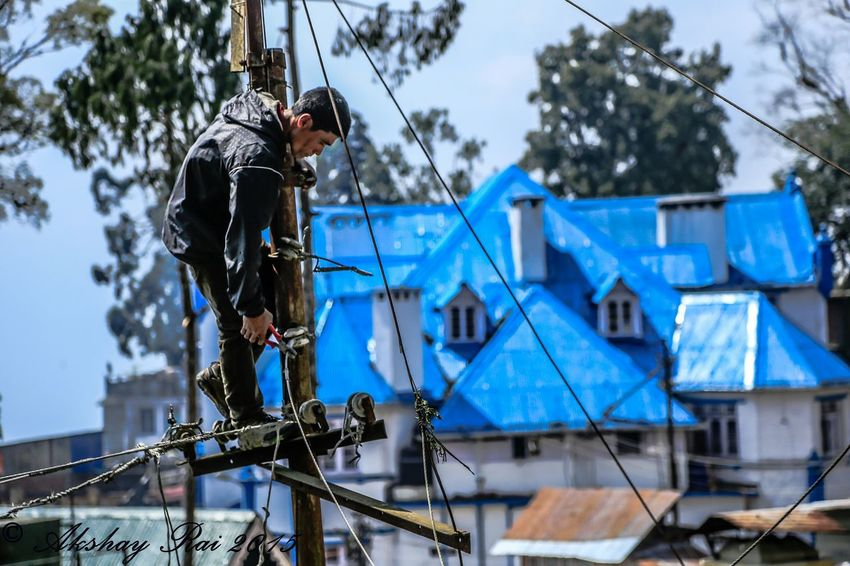 Capturing Movement Darjeeling Electrician  Everyday Lives Candid India