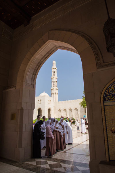 Arabian Arabic Style Muscat , Oman Muslims Sultan Qaboos Sultan Qaboos Grand Mosque The Architect - 2016 EyeEm Awards The Great Outdoors - 2016 EyeEm Awards The Photojournalist - 2016 EyeEm Awards The Purist (no Edit, No Filter) The Street Photographer - 2016 EyeEm Awards