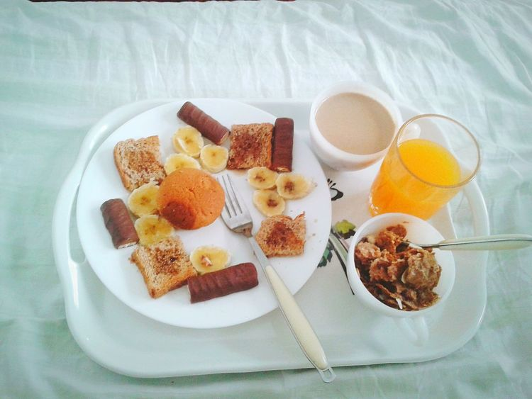 Breakfast in bed... Feeling like a princess 👸☕ Coffee At Home What I Value EyeEm Best Edits EyeEm Best Shots Hello World White Album Love Romantic Breakfast My Favourite Breakfast Moment