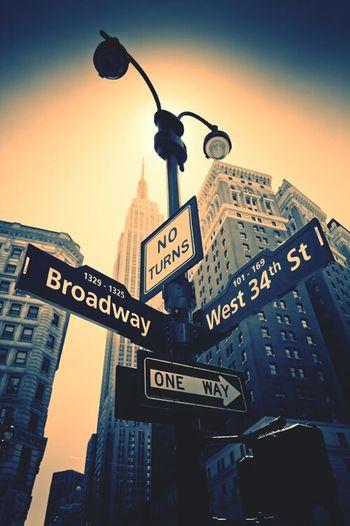 Broadway Oneway West