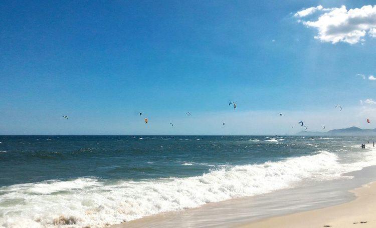 Sea Blue Water Beauty In Nature Sky Nature Horizon Over Water Outdoors Scenics Day Beach Rio De Janeiro Barra Da Tijuca, Rio De Janeiro Kitesurfing Kite Surfers Kites On The Beach Kitelife Kitebeach Kite Boarding Kiteflying Kitesurfer
