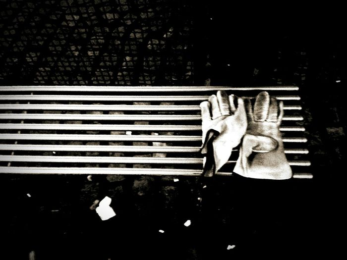B&w Street Photography Creative Light And Shadow Shades Of Grey Black And White Photography Monocrome Light And Shadow Streetphotography Eyeem Photography Eyeem Photo Color Eyeem Best Shots Eyeem Gallery Minimalobsession Minimalism Minimal