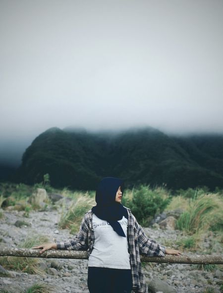 One Person Nature Standing Beauty In Nature Hiking Hood - Clothing Real People People Landscape Mountain Portrait Warm Clothing Young Adult Day Outdoors Adult Adults Only Lifestyles Travel Destinations Standing Folkgood Folkportraits Folkmagazine Folkindonesia
