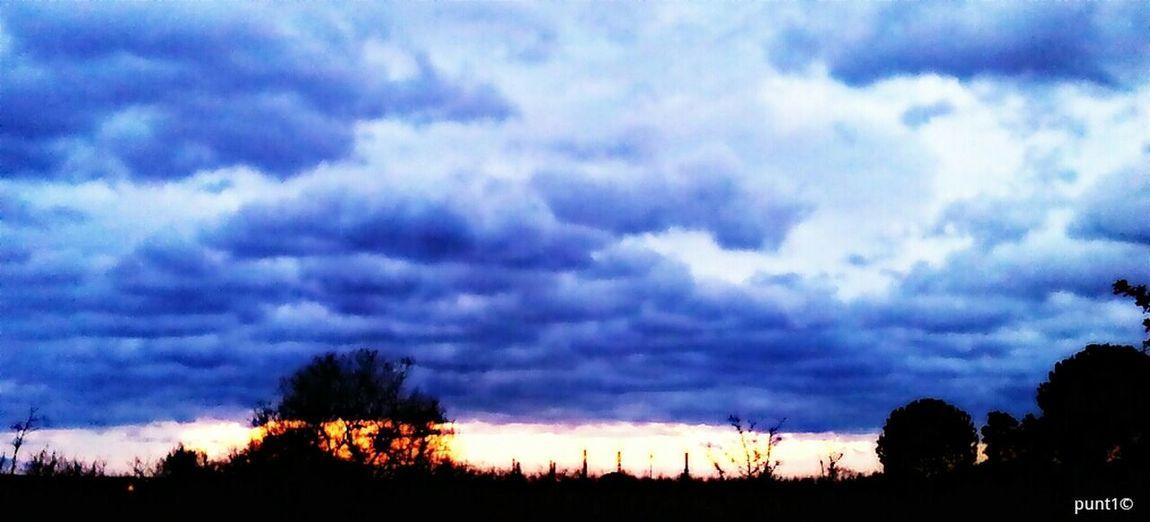 fil de llum Clouds Sun Sky Catalunya Panorama Clouds And Sky Sol Panoramic Núvols Cel Vilallonga Núvols I Cel