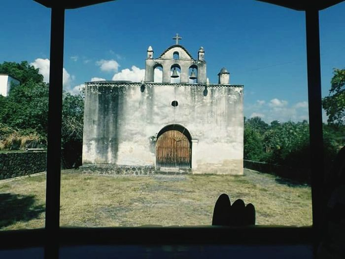 Spirituality This Is México Churches Blue Sky Hanging Out Amateurphotographer  Old Buildings