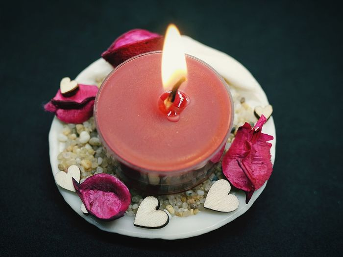 Candle light Candlelight Decoration Valentine's Day  Candle Food Celebration Food And Drink Red Black Background Indoors  Close-up Party - Social Event Flower No People Day EyeEmNewHere HUAWEI Photo Award: After Dark Autumn Mood This Is Natural Beauty 17.62° My Best Photo