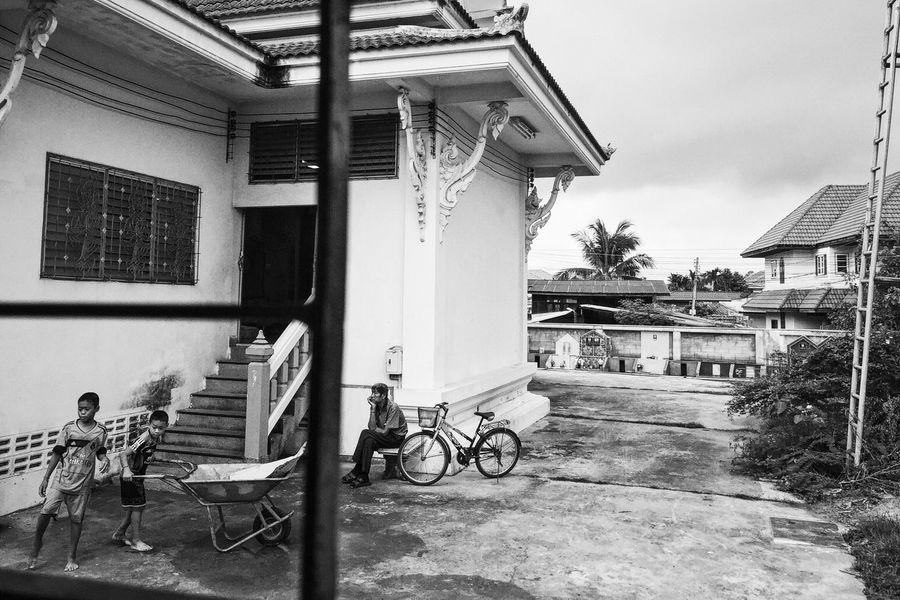 The Street Photographer - 2016 EyeEm Awards life and dream Street Streetphotography Street Photography Life People Photography Fujifilm Fujifilm_xseries FUJIFILM X-T10 Thailand Udonthani Temple The Photojournalist - 2016 EyeEm Awards