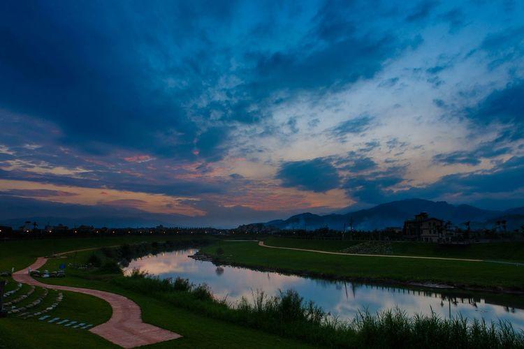 宜蘭河日落夕雲