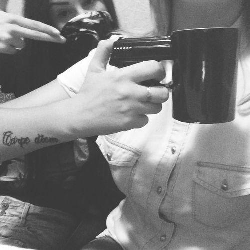 пистолет Девочки красотки