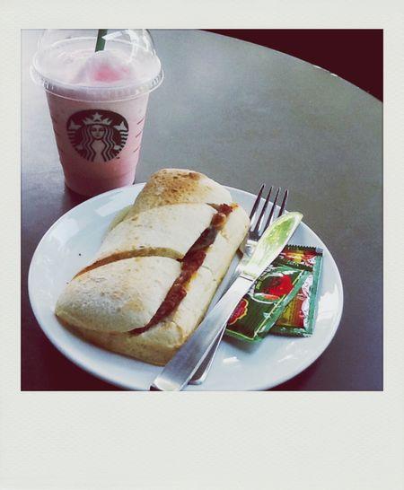 Morning breakfast 😃🍴 Starbucks