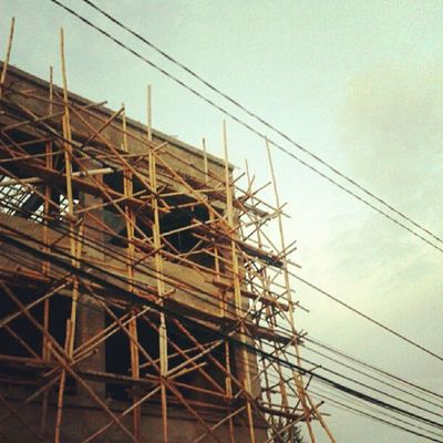 bamboobuilder Bamboo Building Instadaily Photooftheday Instanesia Pictureoftheday Instanusantara Natgeo Instafamous Instagood Bali INDONESIA LangitBaliPhotowork