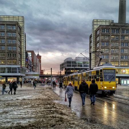Matschexanderplatz Alexanderplatz Tram Schneematsch Weltzeituhr