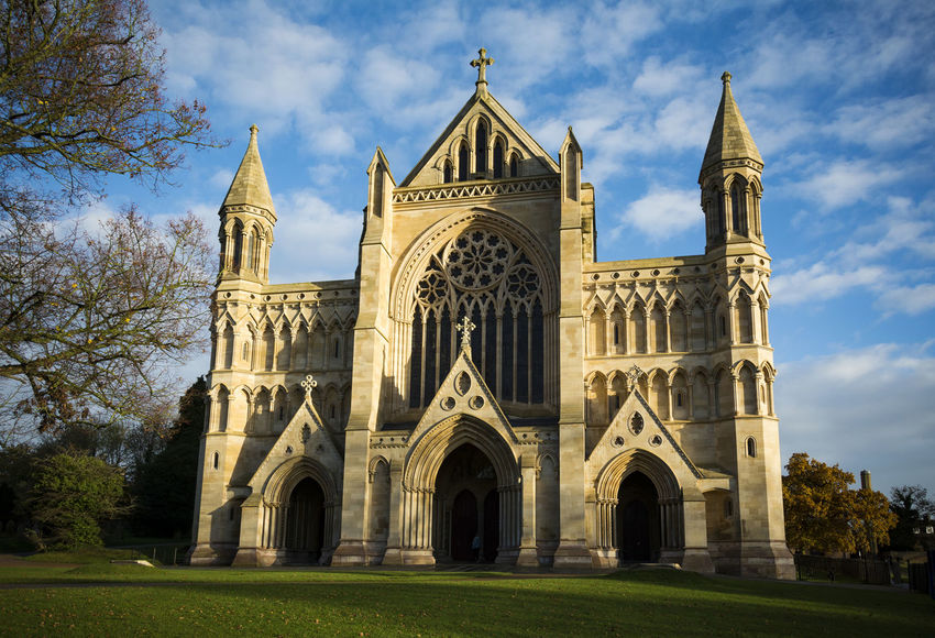 St Albans cathedral Architecture Building Exterior England Golden Gothic Style Hertfordshire Place Of Worship St Albans St Albans Cathedral St Albansc Travel Destinations