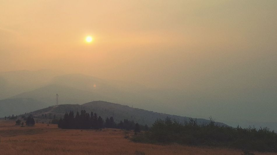 Sunset No People Sky Landscape Mountain Outdoors Sun Milenamulskephotography Check This Out Outdoor Photography MONTANA FIRES Forest Fire Smoke Forest Fire Skies Forest Fire Montana Sky Montana Sunset Fire ! Help Prevent Fires Smokey Mountains Summer