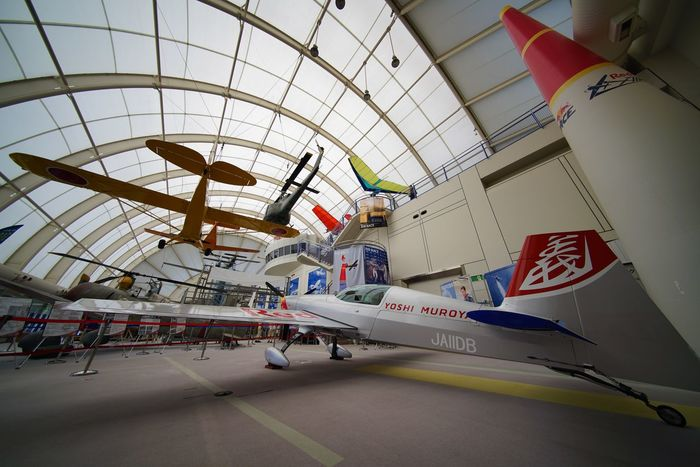 大人の社会見学 Super Wide Angle 広角機動隊 Enjoying Life Aircraft Museum Airplane EyeEm Best Shots - Airplane EyeEm Best Shots Snapshot Taking Photos Walking Around お写ん歩 Built Structure Architecture Flag Incidental People Low Angle View Transportation Building Exterior Air Vehicle